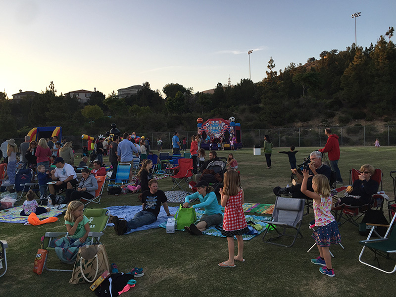 san-elijo-hills-community-with-families-gathered-at-park